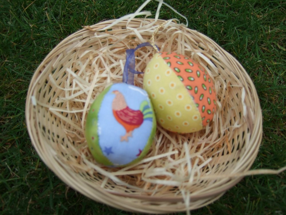 fabric_eggs_and_cockeral_008.JPG